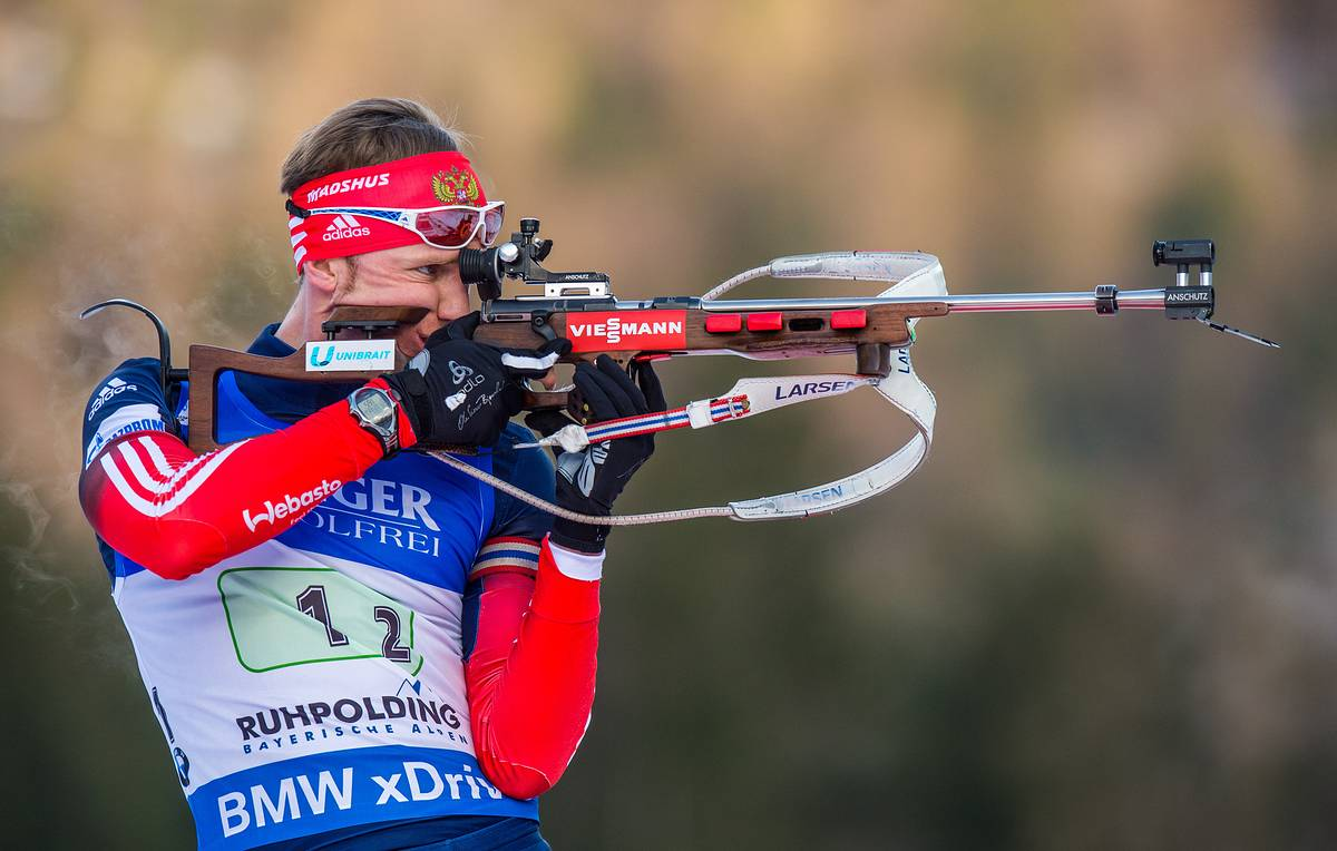 epa04561512 Timofey Lapshin of Russia in action during the 4 x 7,5 km men's relay race during the Biathlon World Cup in Ruhpolding, Germany, 15 January 2015.  EPA/KARL-JOSEF HILDENBRAND